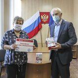 Юрий Денисенко передал медоборудование Арсеньевской городской больнице