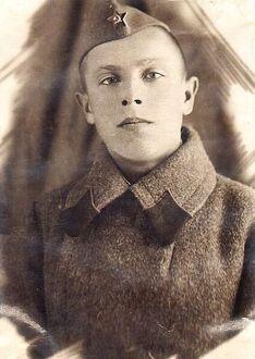 . Автор - изсемейного архива Белобровых